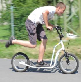 Ani pěšky ani na kole