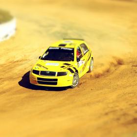 Tilt-shift rallycross