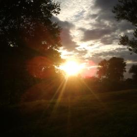Večerní procházka při západu slunce