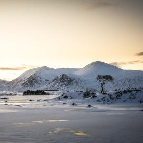 Frozen, Lochan na h-Achlaise, Skotsko