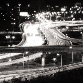 Barrandovský most nikdy nespí