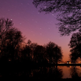 Hvězdy nad rybníkem