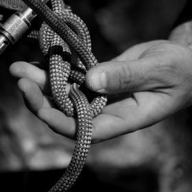 Ruce a lano = nerozlučná horolezecká dvojice