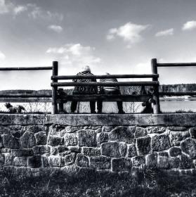 2 důchodci a pes