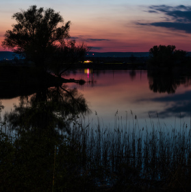 Sumracne jazero