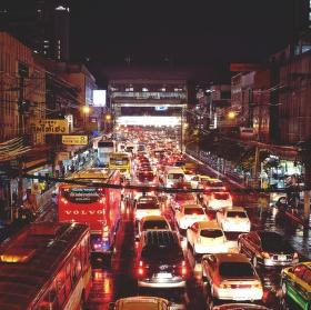 night traffic in Bnagkok