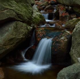 Vodopád Stolpišského potoka v Jizerských horách