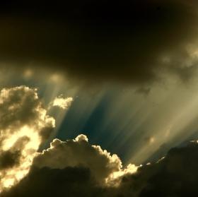 Obloha pre búrkou