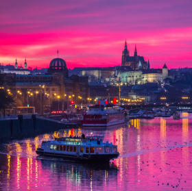 Zapad slunce nad Vltavou