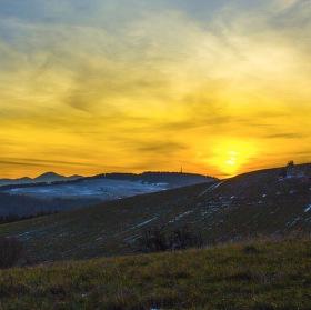 zapad slunce nad Liptovskou Marou - Slovakia