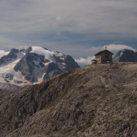 Ledovec Marmolada, Dolomity v Itálii.
