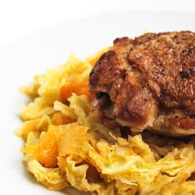 Kuře na kapustě a mandarinkách