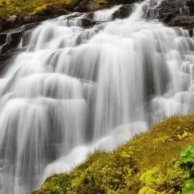 ... štruktura vody ...