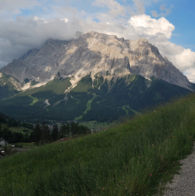 Zugspitze a mraky