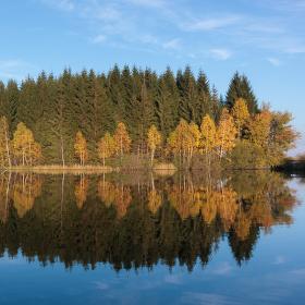Podzimní zrcadlení