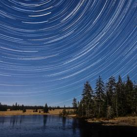 Hvězdné nebe nad Mrtvým rybníkem