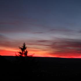 Západ slunce v železných horách