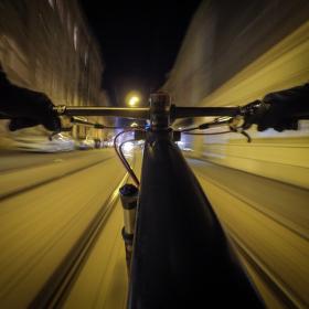 Noční jízda městem