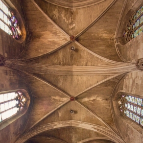 Avignonské střípky (5): Saint Pierre z polohy na krovkách
