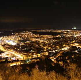 Město Most v noci