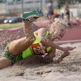 Gejzír plný písku