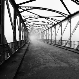 Mlha na železném mostě ...