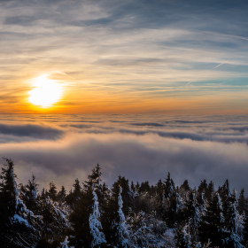 Nad oblaky II / Above the clouds II