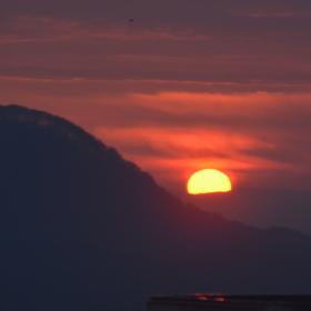 ranni vychod slunce