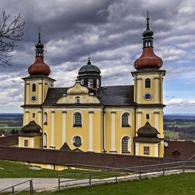 Kostel na návrší