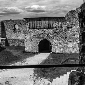 5 brána hradu Hukvaldy