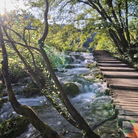 Chodník na Plitvických jezerech