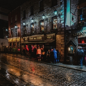 Páteční večer, Temple Bar, Dublin