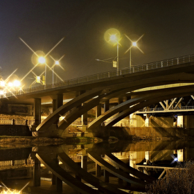 Noc pod mostem ...