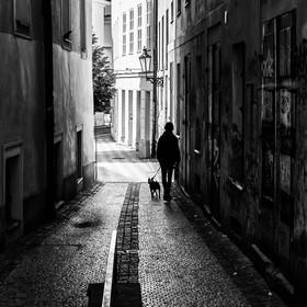 Život v pražských uličkách.....