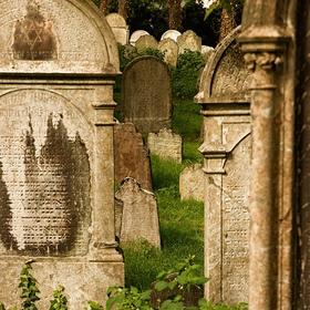Z židovského hřbitova