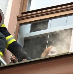 Cvičení hasičů na Náměstí svobody