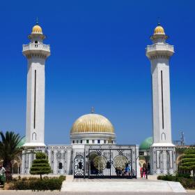 I životní cesta je cíl, ovšem každého čeká stejný konec - Mausoleum Habiba Burghiby