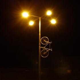 ..osvícené kolo...
