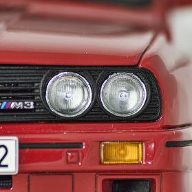 BMW E30 M3 - model 1/18