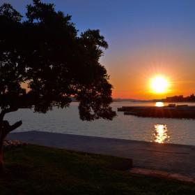 Západ slunce ve svatém Jakubovy i Jakov v Chorvatsku