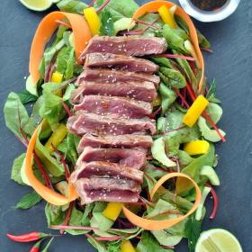 Thajský salát se steakem