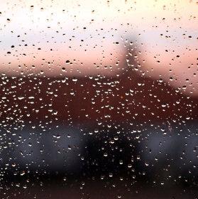 závody po okně