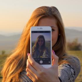 Skrz iPhone