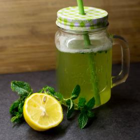 Fresh mátový drink