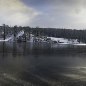 Lopatský rybník - zámek Kozel