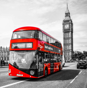 Londýnský double-decker a Westminsterský palác