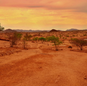 krajina mezi Branbergem a Twyfelfontein