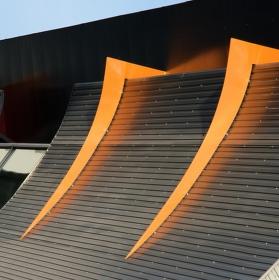 TUL Liberec Menza-architektonické uchycení střechy