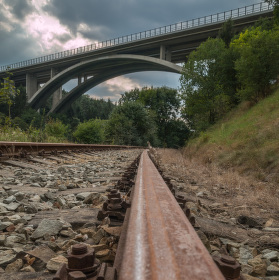 Opárenský most