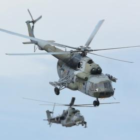 s Mi-24 v zádech